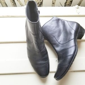 Paul Green Handmade Leather Ankle Boots, 5.5